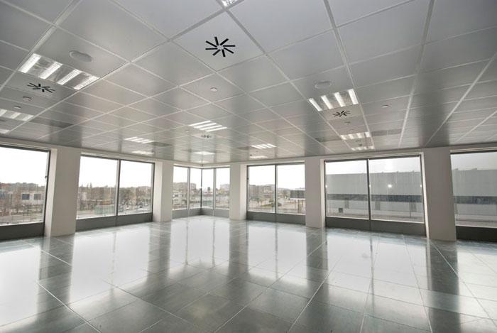 oficina tipo edificio oficinas