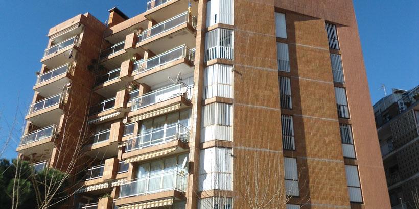 Rehabilitación energética de un edificio residencial situado en Calella (Barcelona)